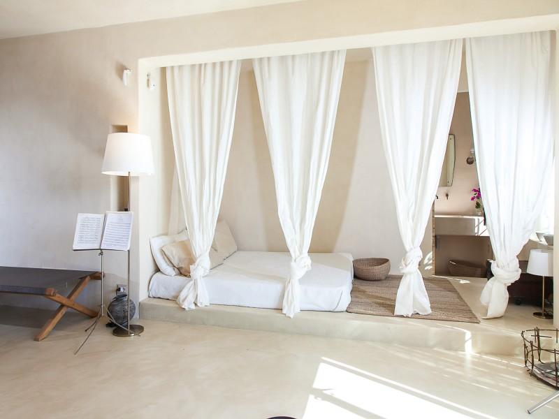 Large Bedroom ensuite
