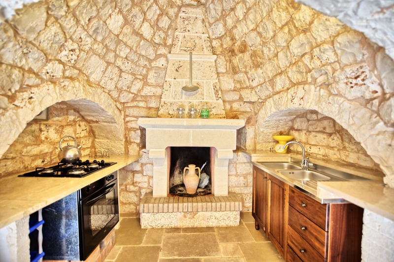trulli fireplace