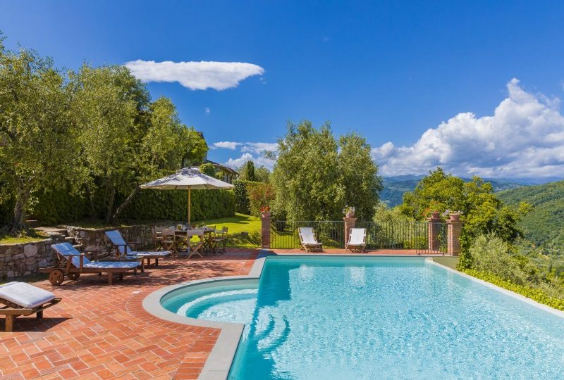 pool with view tuscany