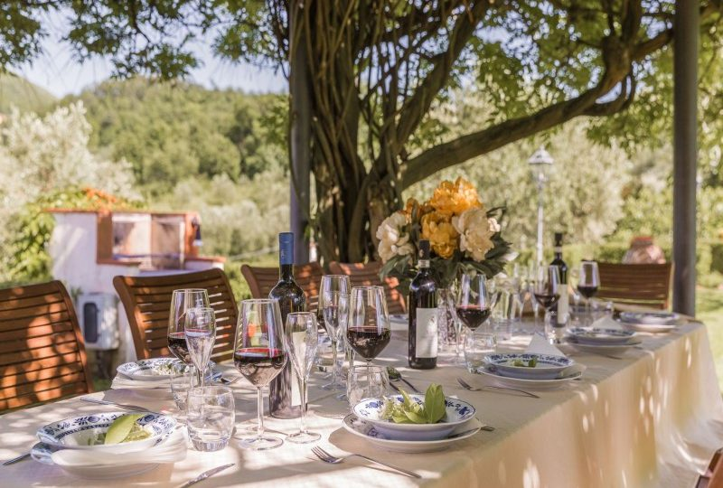 outdoor dining italy