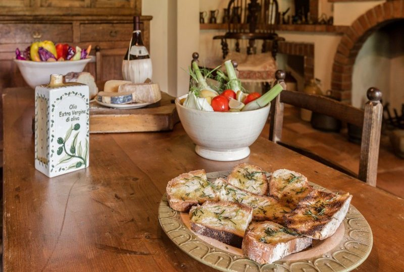crostini in italian villa