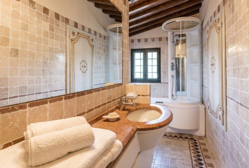 luxury bathroom tuscan villa
