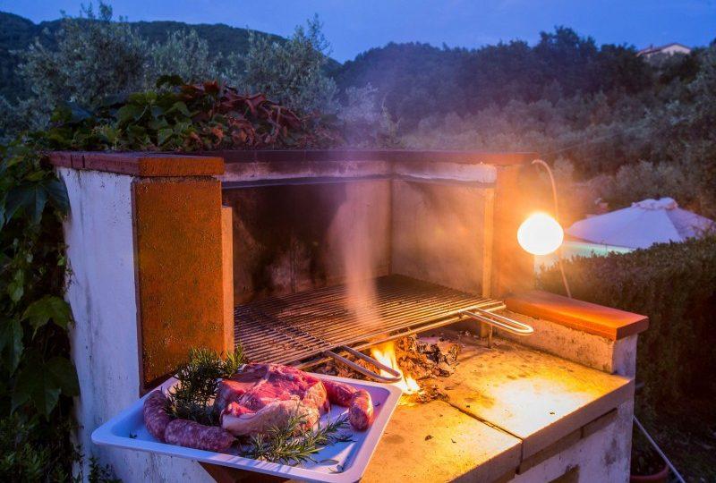 barbecue tuscan villa