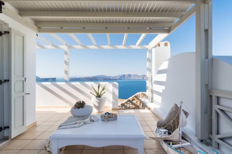 pool luxury santorini villa for rent