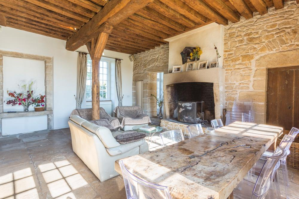 living and fireplace large manor country house in Burgundy France for rent