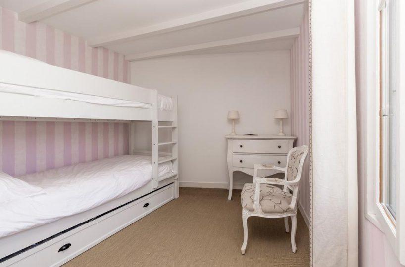 children room Ile de re private villa for rent France