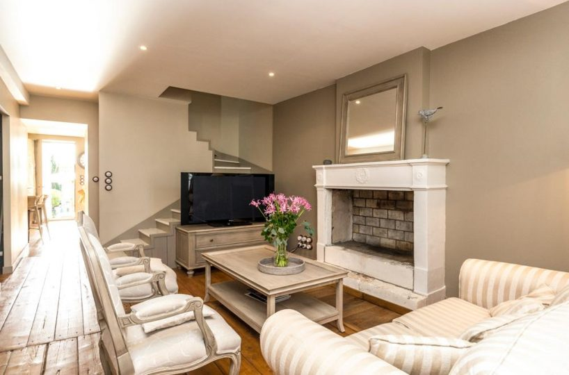 living area Ile de re private villa for rent France
