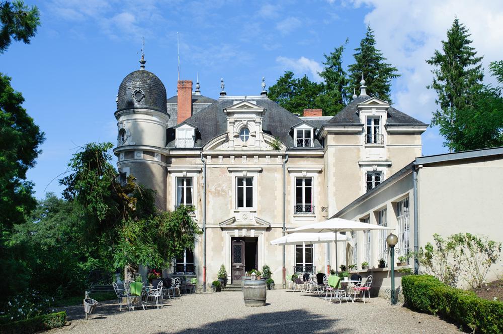 Chateau Morlet | 12 Bdr | Burgundy