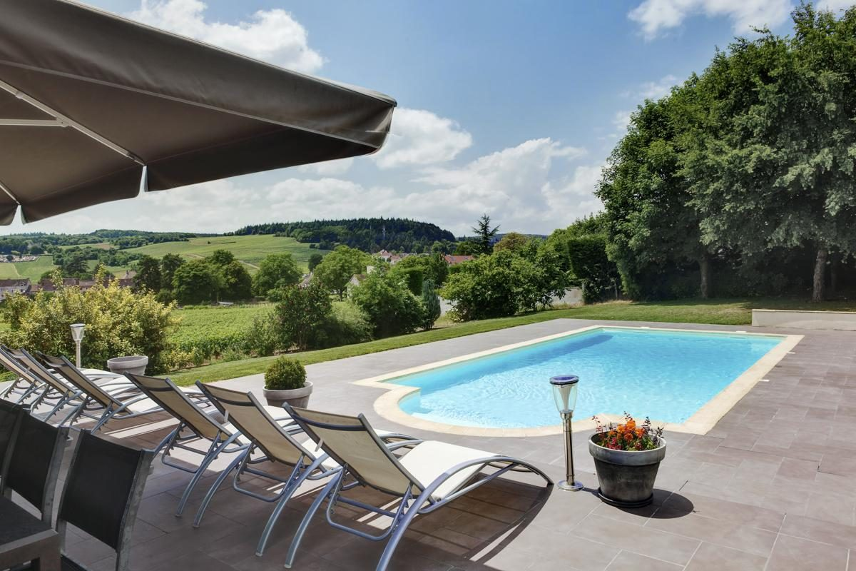Outdoor pool Luxury Chateau Burgundy France