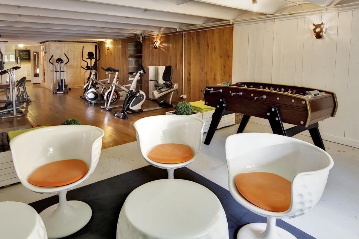 gym Luxury Chateau Burgundy France