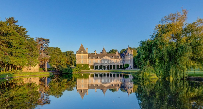 Luxury Villas in Normandy for rent & what to see or do