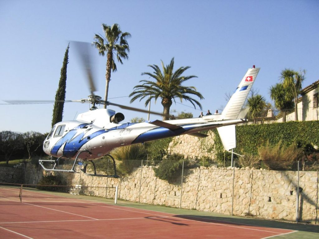 Helicopter transfer to the Villa in French Riviera Nice