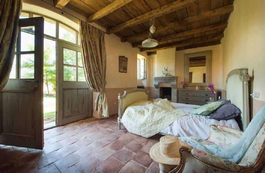 en-suite double bedrooms