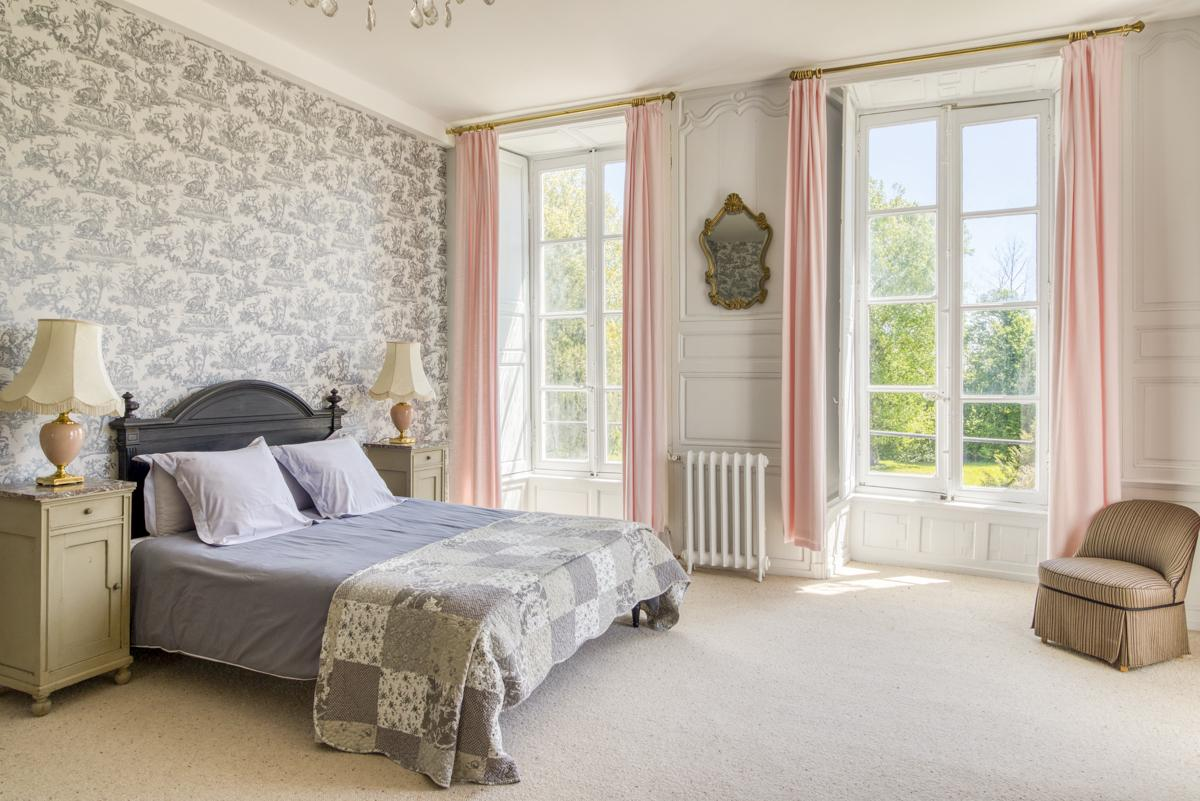 Double Bedrooms with ensuite bathrooms