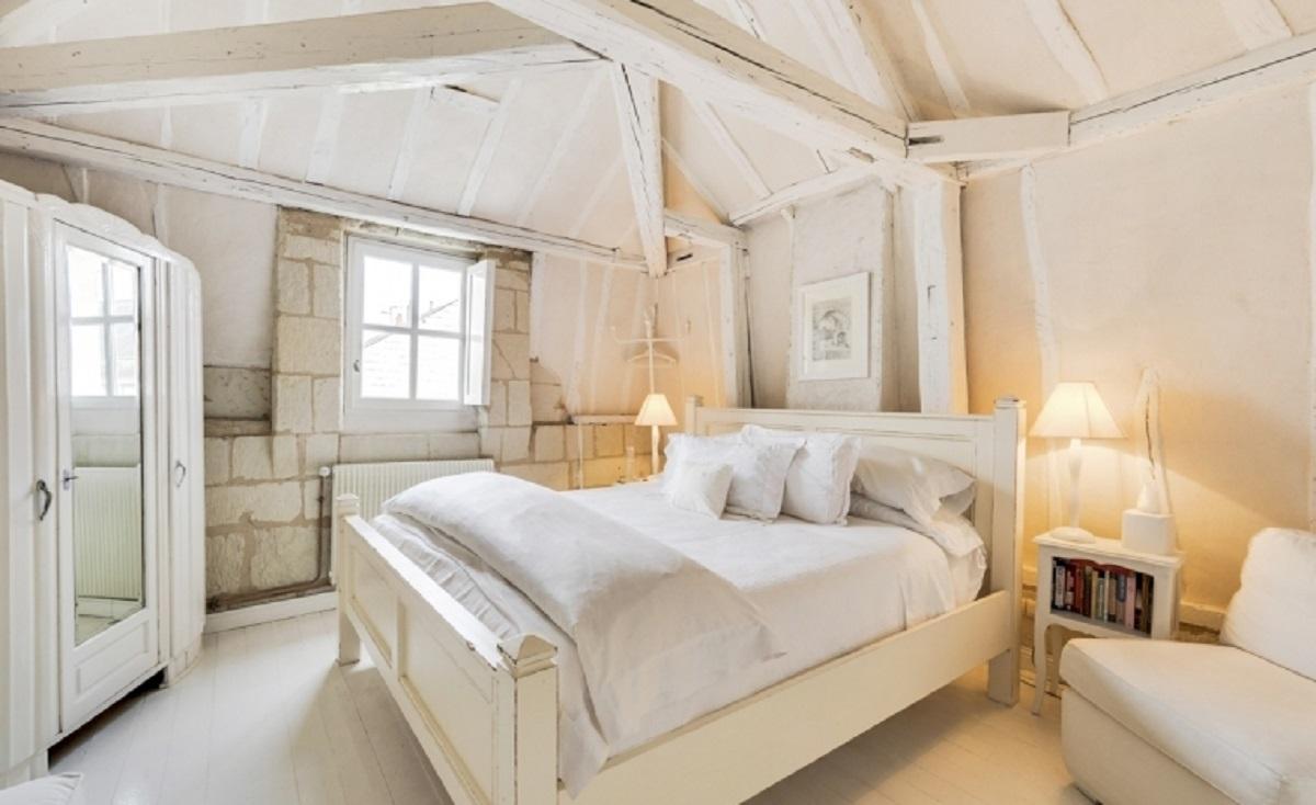 Double Large ensuite bedrooms