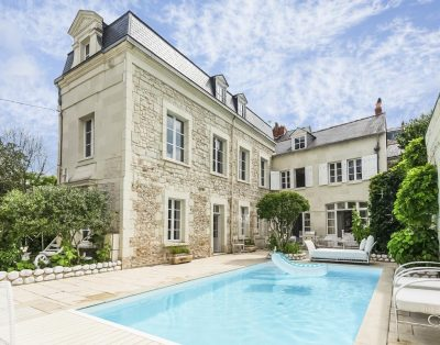 Luxury villa 2 with pool | Loire valley | 4 Bedrooms
