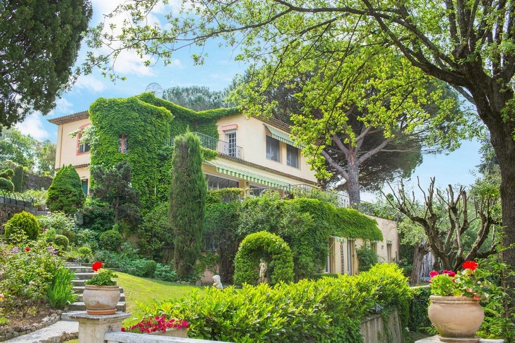 Luxury Holiday Villa Cannes rental Main