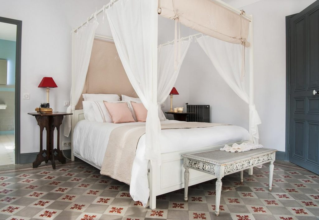 bedroom with Air-con Home Away Holiday villa rental in Nice with Pool