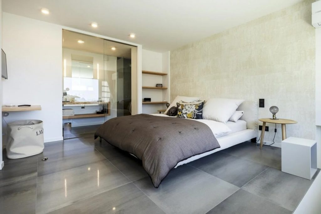 En suite bedroom of the Villa in SOuth of France with Private pool and Beach
