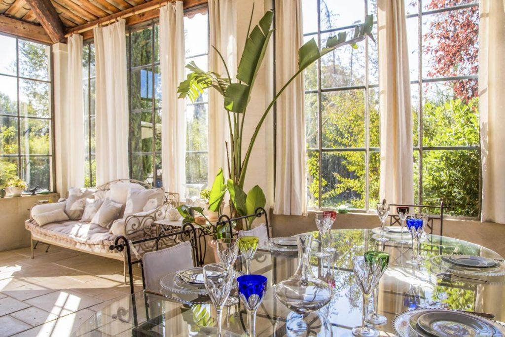 interior living sofa Luxury Villa in Saint-Rémy de Provence
