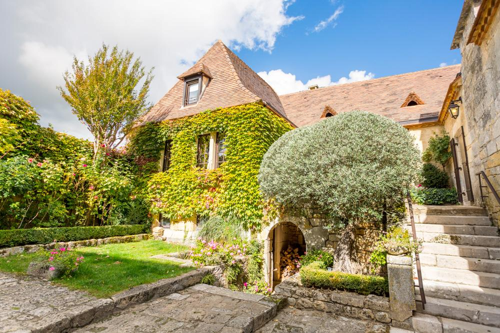 dordogne cottages with private pool