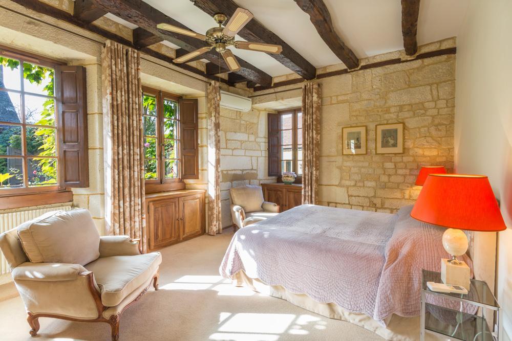 Double ensuite bedrooms of the main villa in Dordogne