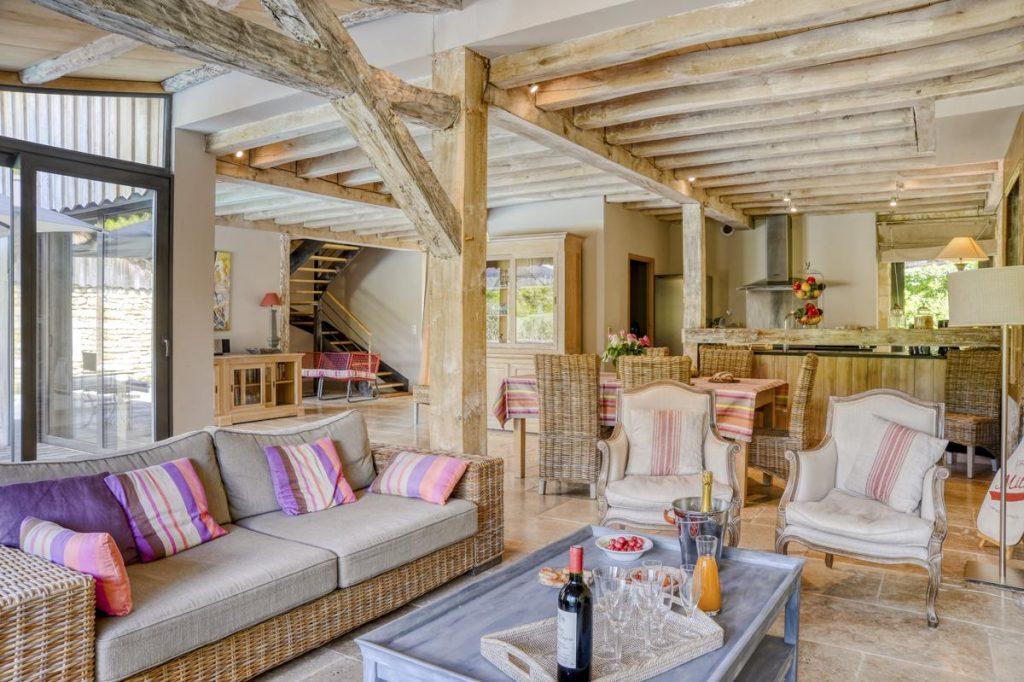 Interior sitting sofa area