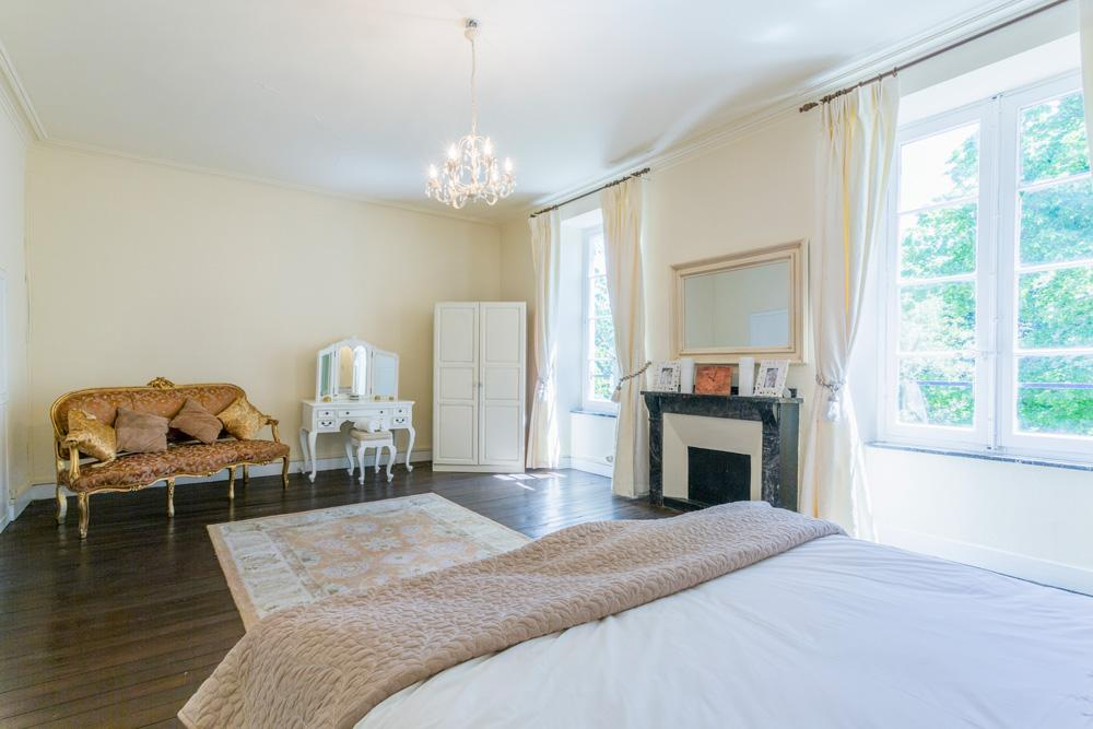Double bedroom villa in Languedoc with a private pool