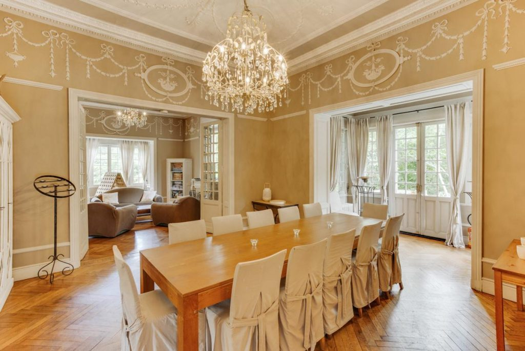 Dining room Large Aquitaine holiday rental with a Private pool