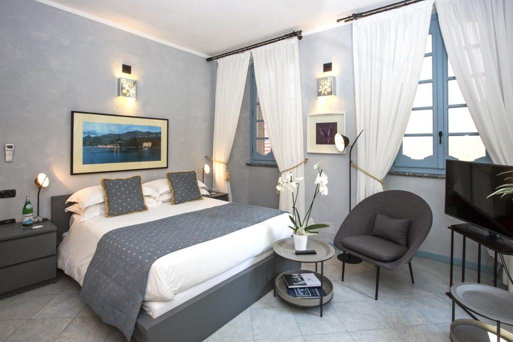 Ensuite bedrooms double luxury villa in Lake Como near Bellagio