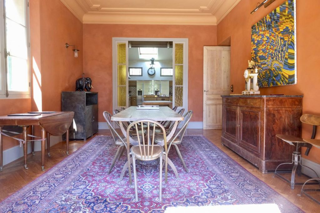 Private Villa Cannes Dining room area