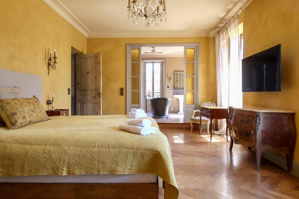 Double En-suite Bedroom villa Cannes