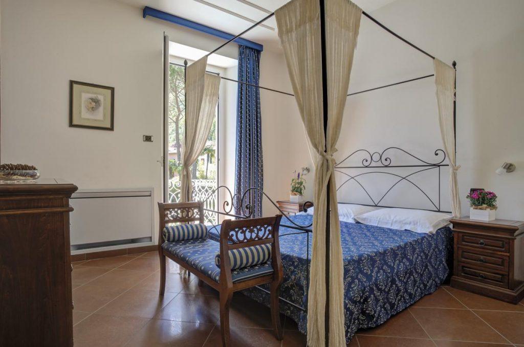 Double Ensuite bedroom Lake Como luxury villa holiday rental