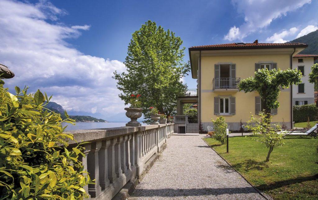 Outdoor with lake views Villa Lago di Como near Lezzeno