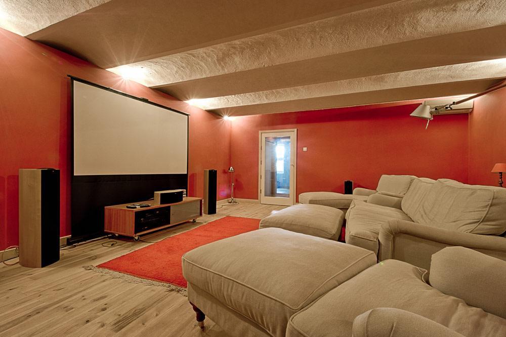 HOme Cinema in the Villa