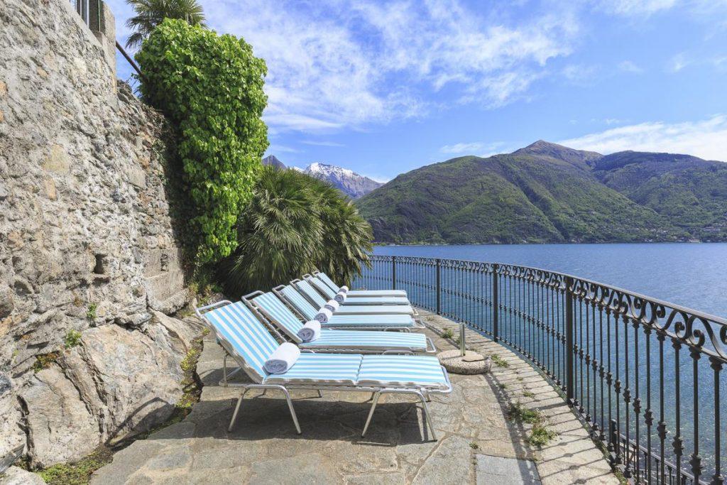 lakefront Italian villa rental in Lake Com