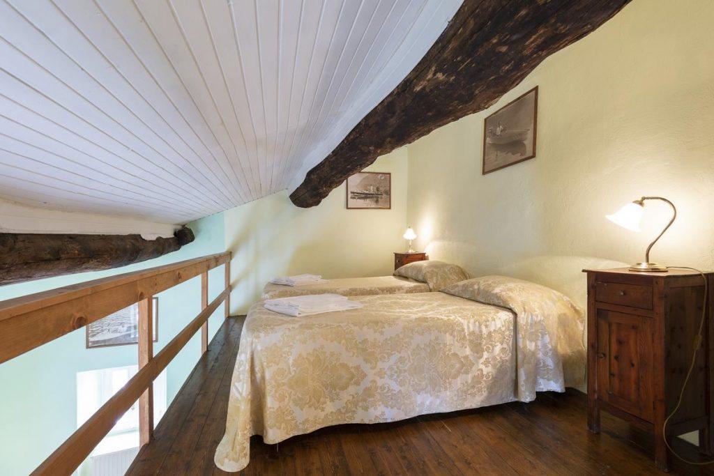 2 Single bedroom