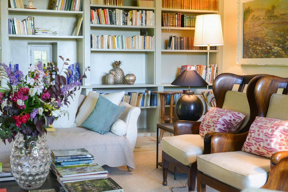 Library room of the Villa in Provence