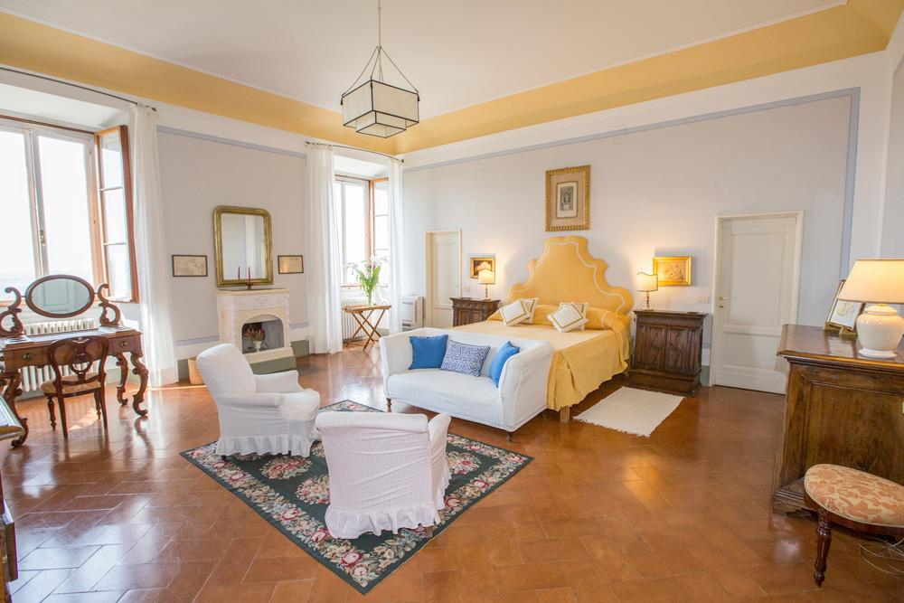 Large Double ensuite bedrooms of Castle Chianti, Tuscany