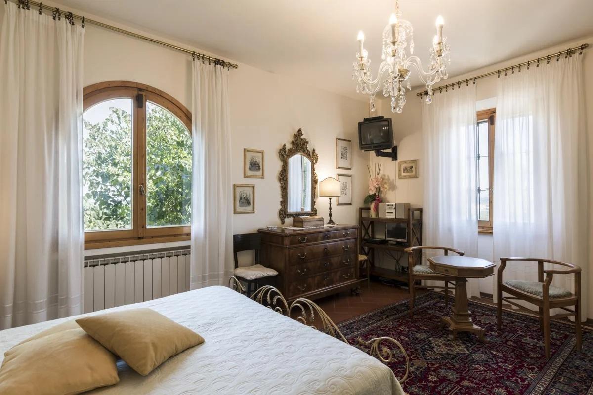 first floor double ensuite bedroom