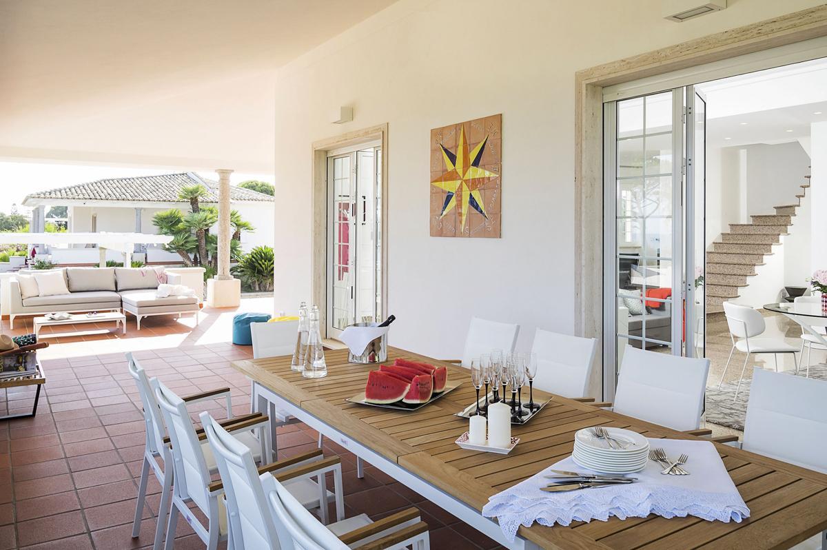 villa mina house interior dining area