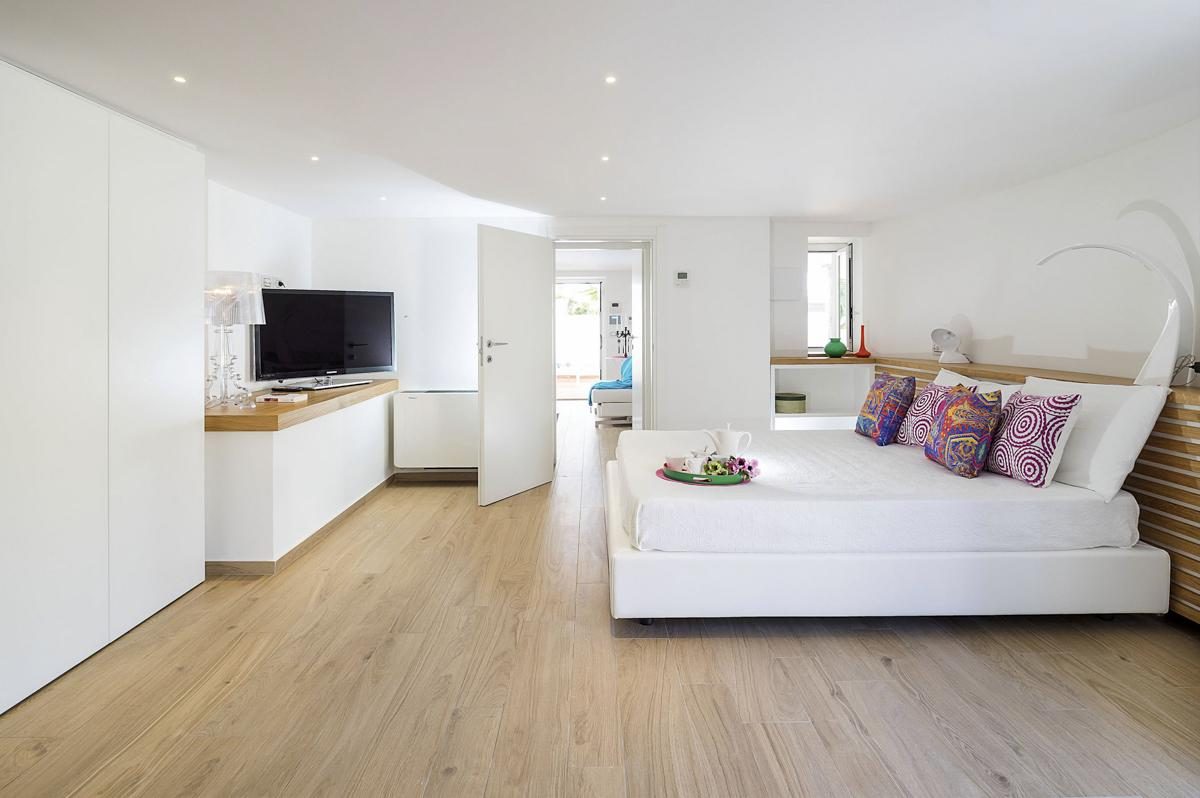 large ensuite double bedroom