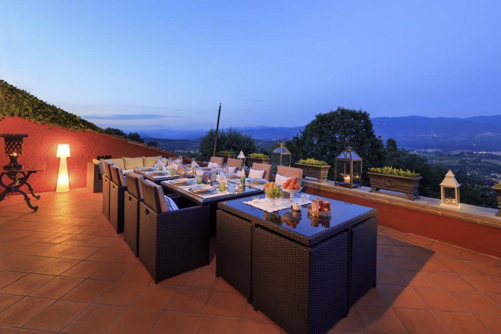 outdoor dining evening