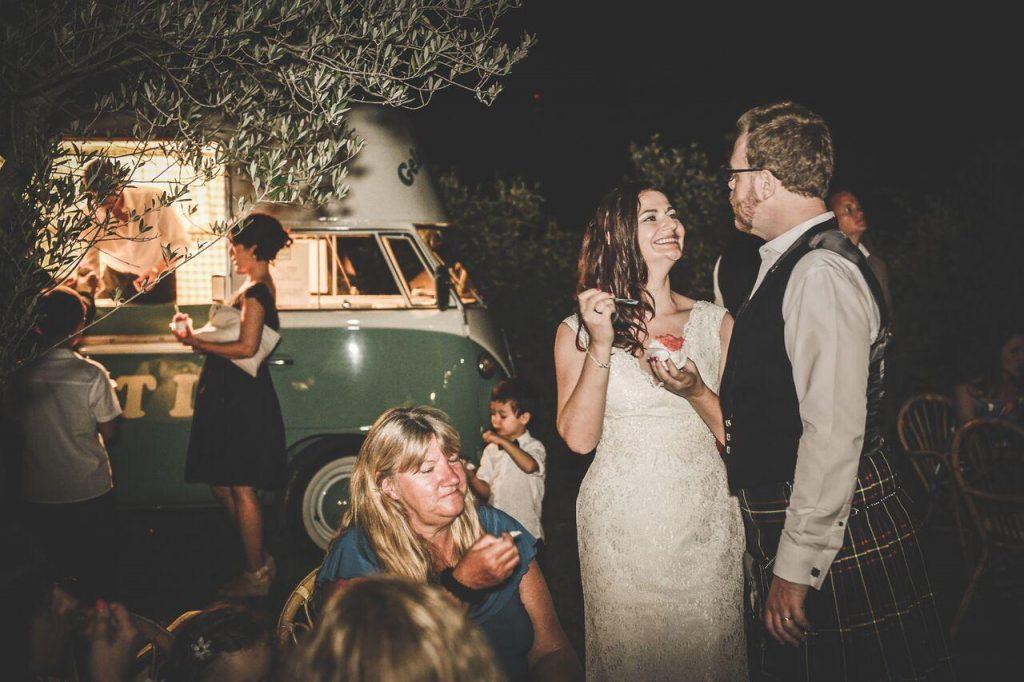 wedding couple Tuscany