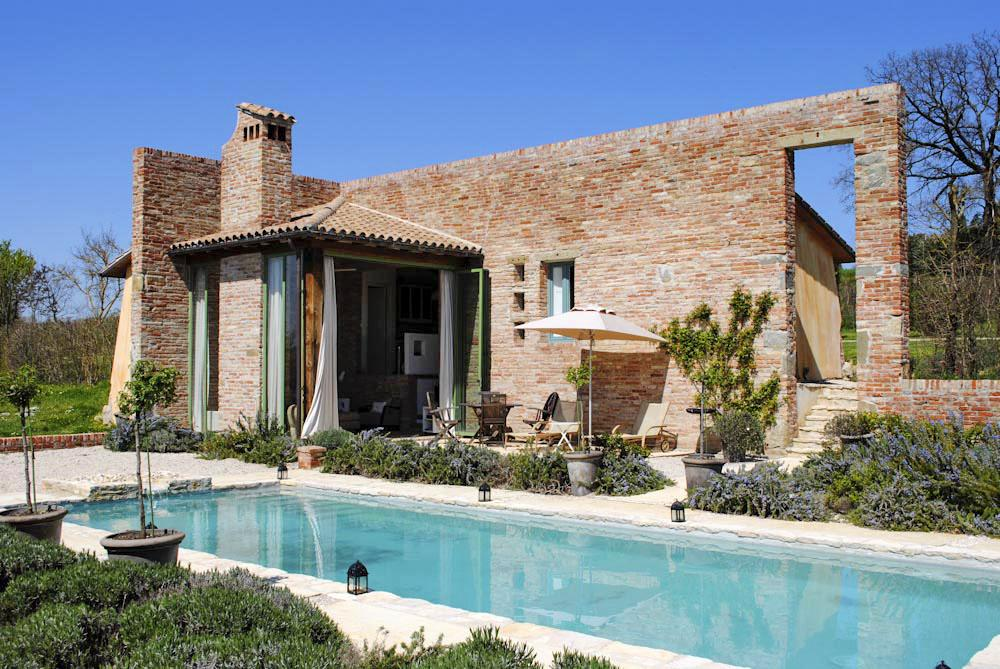 Self-catering home with a pool to rent in Arezzo