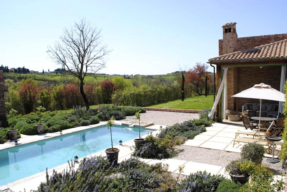 Luxury Self-catering home with a pool in Arezzo