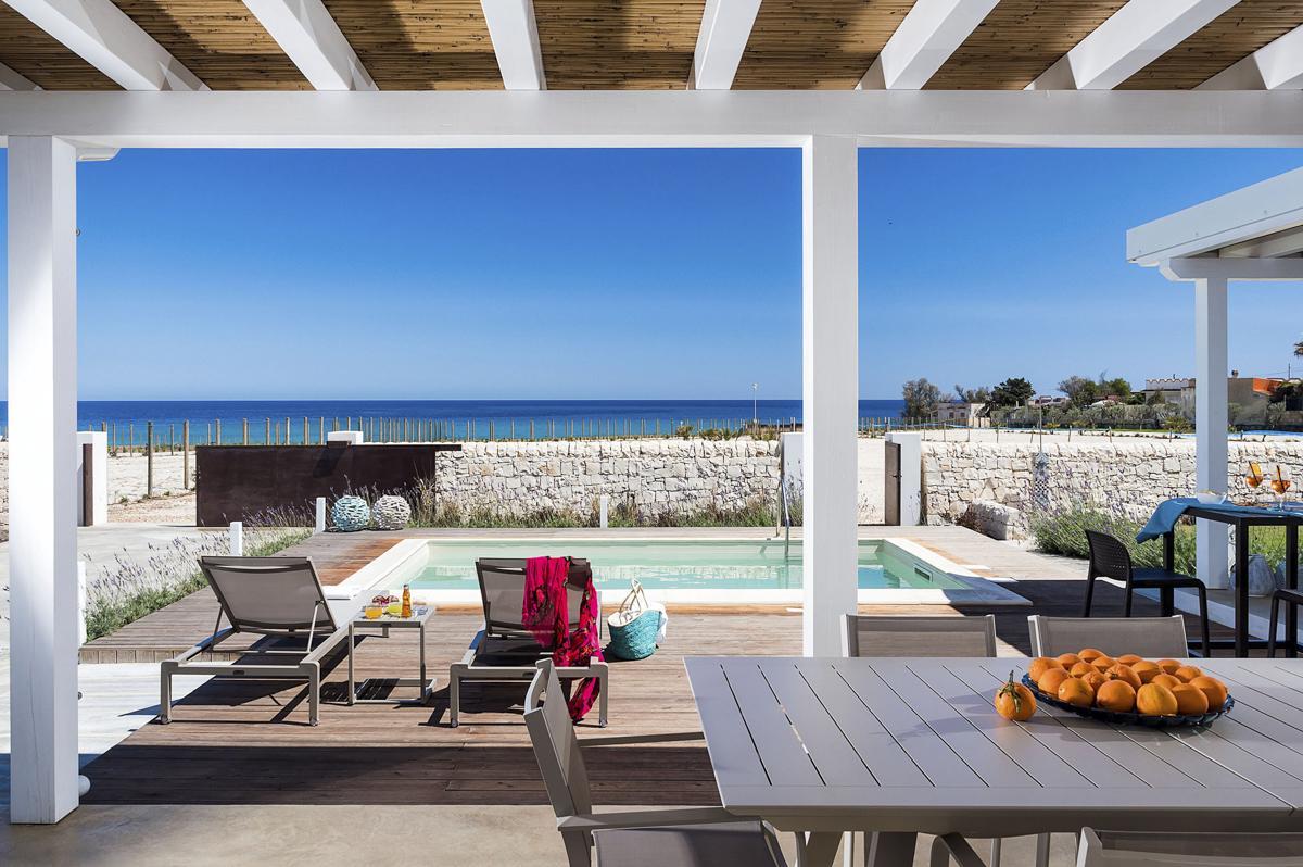 Beach house Sicily mediterranean villa rental