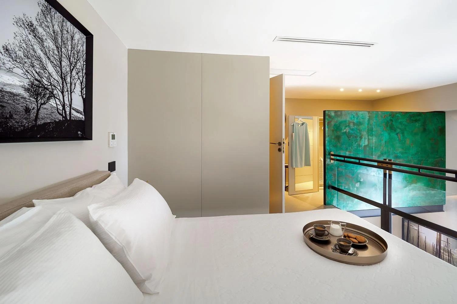 Second Floor Mezzanine bedroom