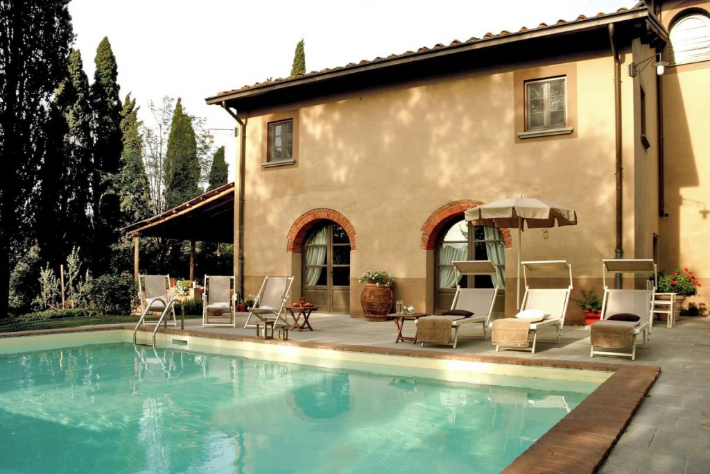 PrivateSwimming pool outdoors holiday home in Tuscany