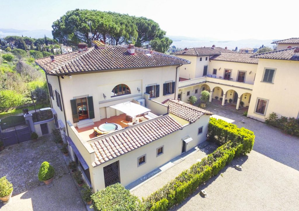 View from above of tuscan villa with pool